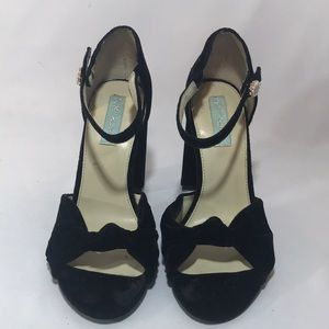 Black Betsey Johnson blocked heel